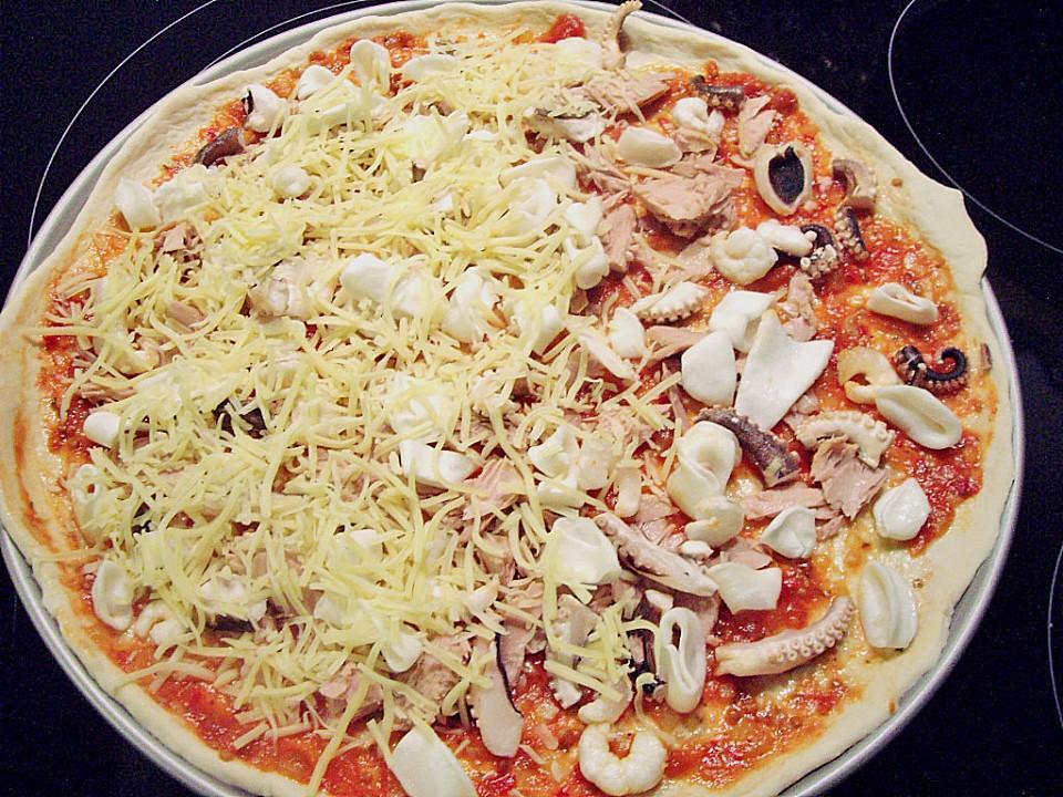 Foto der Schale Pizza Meeresfrüchte