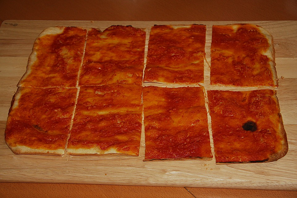Foto der Schale Pizzabrot Knoblauch